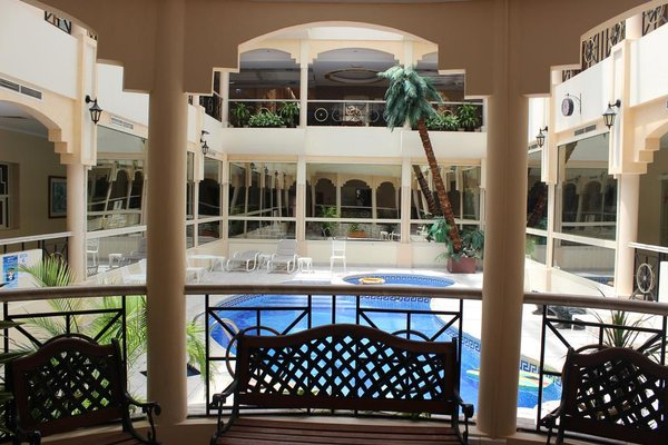 Al Seef Hotel - фото 20