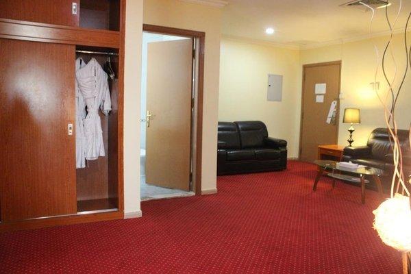 Al Seef Hotel - фото 8