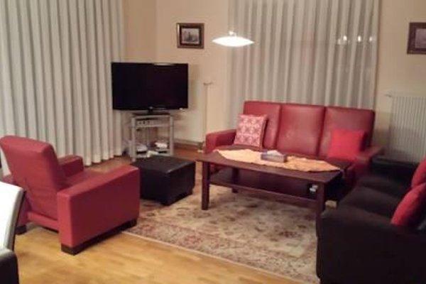 Frankfurt Terrace Apartment - 3
