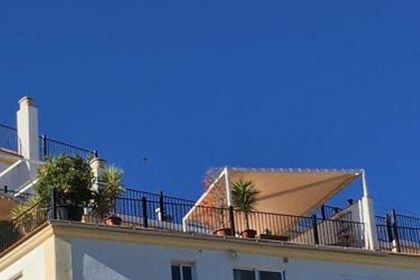 Penthouse Alora - фото 16