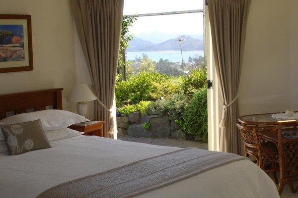 Anton & Mary's Bed & Breakfast - фото 3
