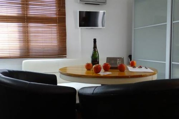 Ghat Apartments Montroig - фото 8