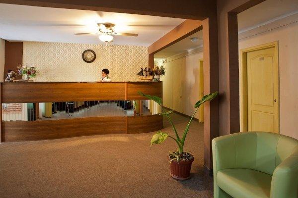 Happy Hotel - фото 11