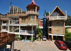 Фото 1 отеля Апартаменты Медный Всадник - Ялта, Крым