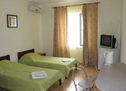 Фото 1 отеля Мини-Отель Вилла Дельфин - Судак, Крым