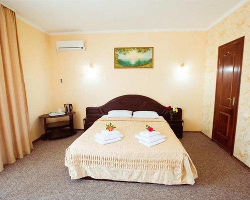 Отель Нарлен / Narlen Hotel - Коктебель - фото 2