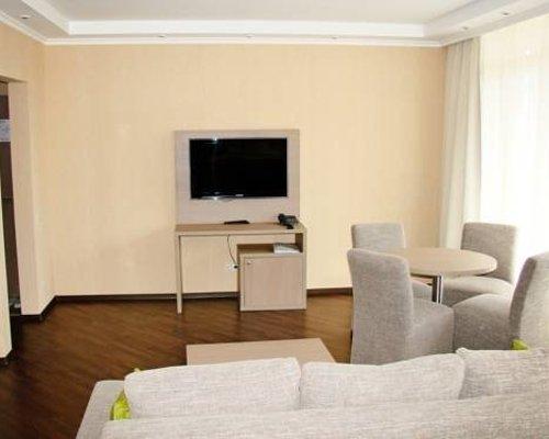 Багатель / Hotel Bagatelle - Кореиз - фото 15