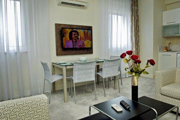 Алушта Роял Апартментс (Alushta Royal Apartments) - фото 6