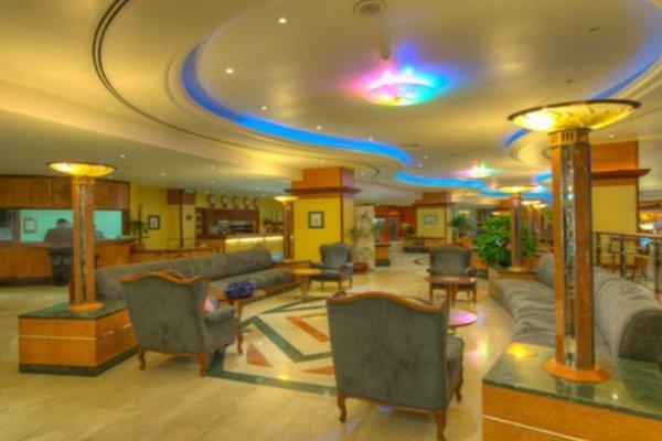 Курортный отель Grand Hotel Sharjah - фото 14