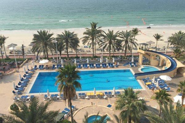 Курортный отель Grand Hotel Sharjah - фото 19