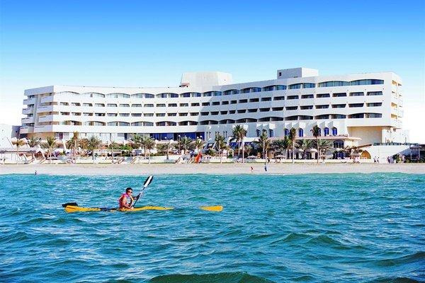 Курортный отель Grand Hotel Sharjah - фото 21
