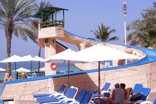 Курортный отель Grand Hotel Sharjah - фото 22