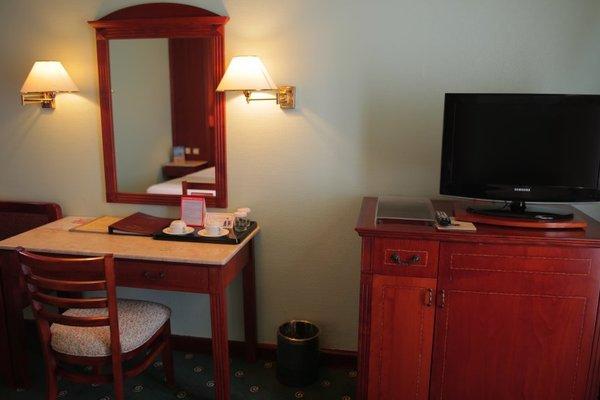 Курортный отель Grand Hotel Sharjah - фото 6