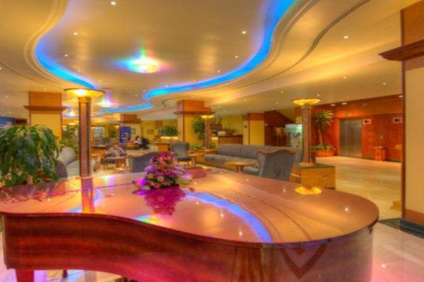 Курортный отель Grand Hotel Sharjah - фото 8