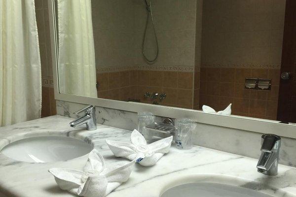 Курортный отель Grand Hotel Sharjah - фото 9
