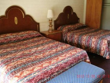 Апартаменты Desert Grove Inn and Suites