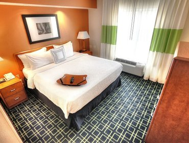 Апартаменты Fairfield Inn & Suites Mount Vernon Rend Lake