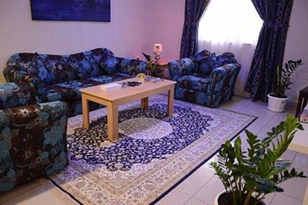 Burj Al Diyar Hotel Apartments - фото 4