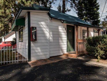 Гестхаус Doc's Cottages South Lake Tahoe