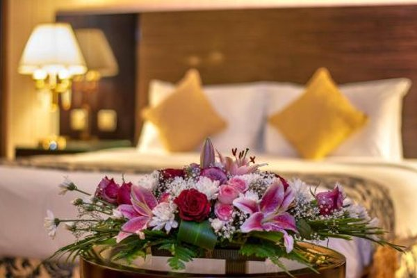 Sharjah Palace Hotel - фото 12