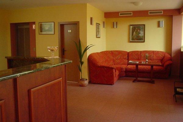 Caprice Family Hotel - фото 12