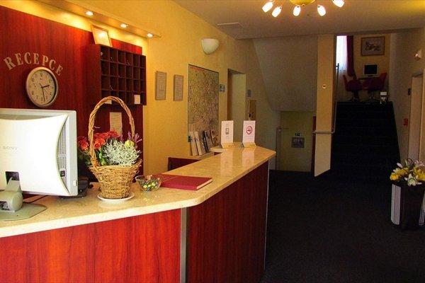 B&B Hotel Ochsendorf - фото 15