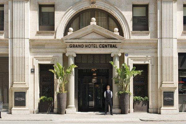 Grand Hotel Central - 23