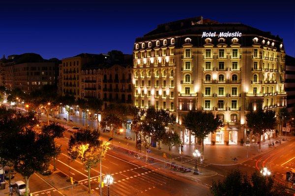MAJESTIC HOTEL & SPA - фото 21