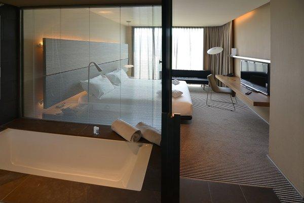 B Hotel - фото 4