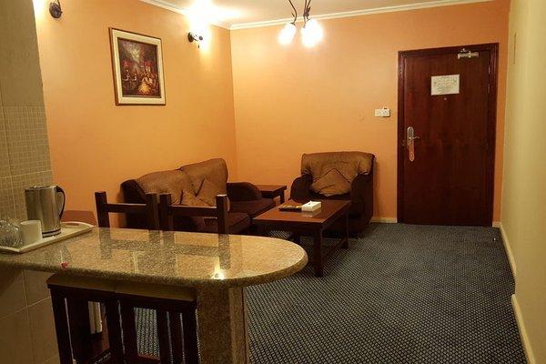 Al Bustan Tower Hotel Suites - фото 10