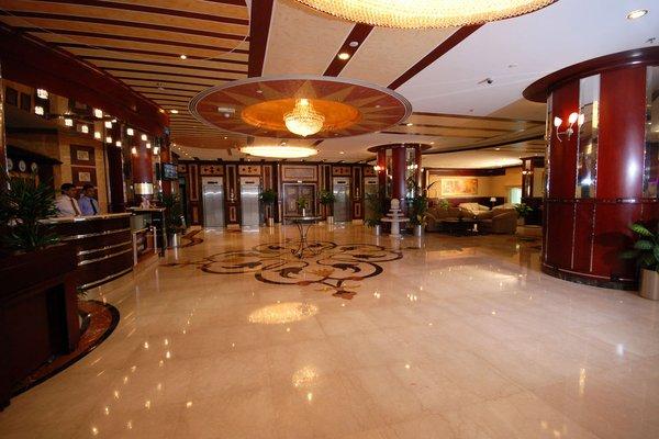 Al Bustan Tower Hotel Suites - фото 20