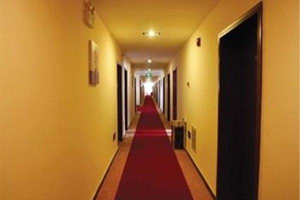 Beijing Airport Silver Ocean Hotel - 16