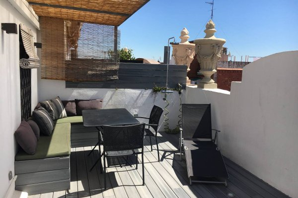 Near Paseo de Gracia Apartments - фото 13