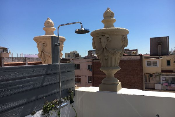 Near Paseo de Gracia Apartments - фото 18