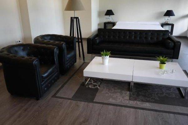 La Portuguesa Apartments - фото 4