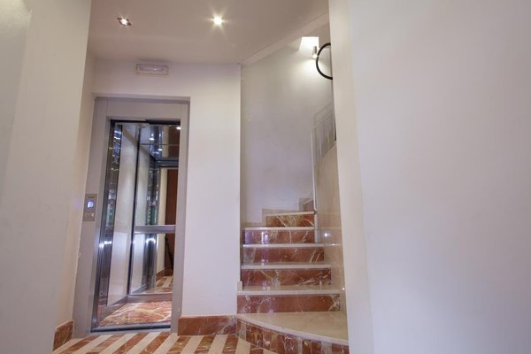 Luxury Apartments Seville Center - фото 16