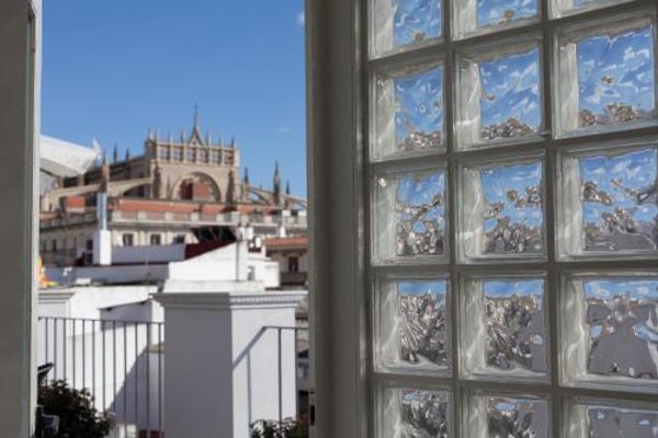 Luxury Apartments Seville Center - фото 22