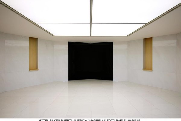 Silken Puerta America - 16
