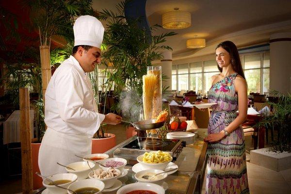 Fujairah Rotana Resort & Spa - Al Aqah Beach - фото 11