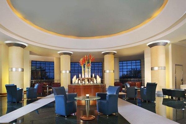 Le Meridien Al Aqah Beach Resort - фото 14