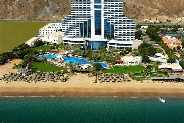 Le Meridien Al Aqah Beach Resort - фото 23