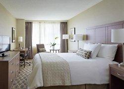 OYO 137 Clifton International Hotel фото 2