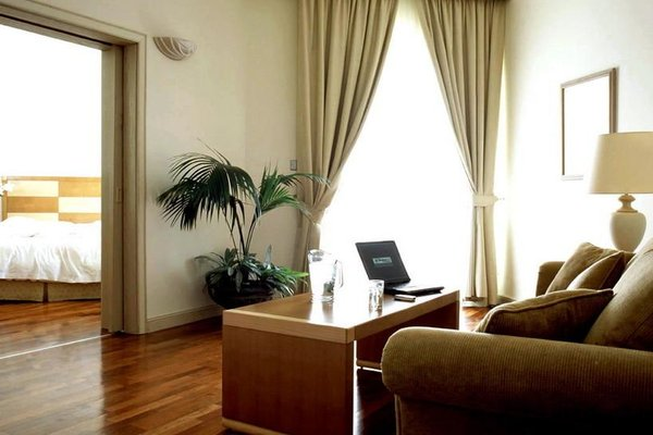 Hilton Fujairah Resort - 8