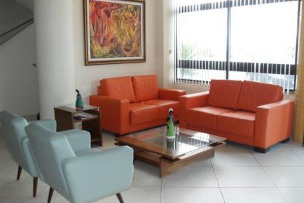 Real Praia Hotel - 11