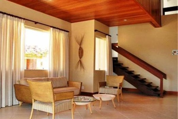 Alto da Praia Hotel - 13