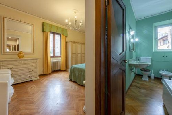 Ponte Vecchio 3 bedroom apartment - фото 23