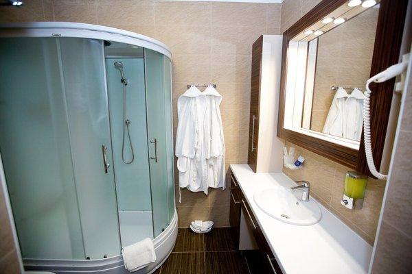 Отель City Hotel - фото 20