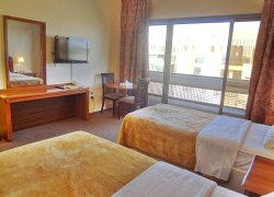 Top Hotel Apartments фото 3
