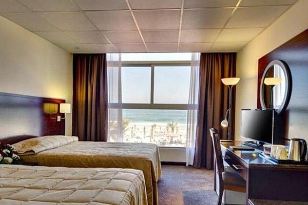 Ajman Beach Hotel - фото 50
