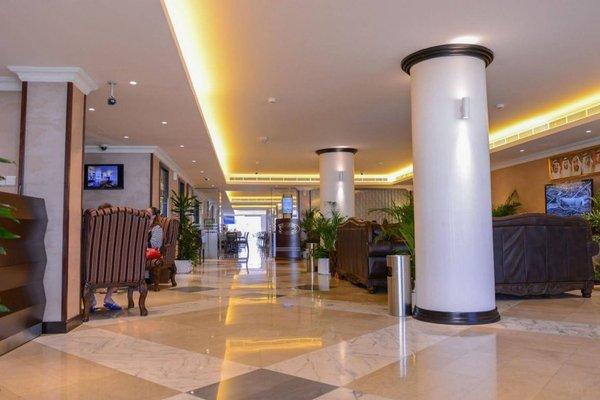 Ajman Beach Hotel - фото 11